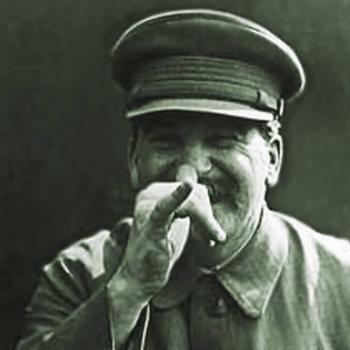 """Сталин мертв, а вот Россия из-за сталиных и прочих жидобольшевиков сильно сократилась в размерах.. Зато появилось новое """"великое"""" государство с """"великой"""" нацией, враждебной русским."""