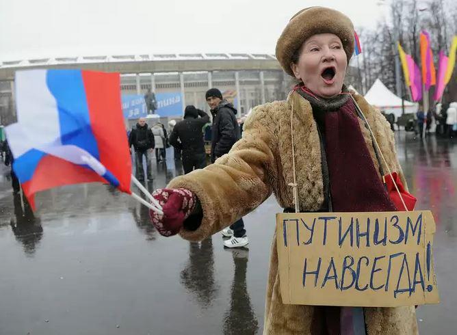 """Бедный, бедный русско-советский народ-путиноносец, он до сих пор не понял, что """"Путинизм – это педикулёз России. А педикулёз не лечится путём переговоров с лобковыми вшами. Педикулёз лечится путем уничтожения лобковых вшей как класса""""."""