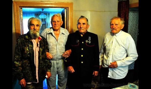 Последние господа старики – белые казачьи ветераны.Фоторепортаж.